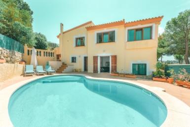 villa med pool I costa de la calma